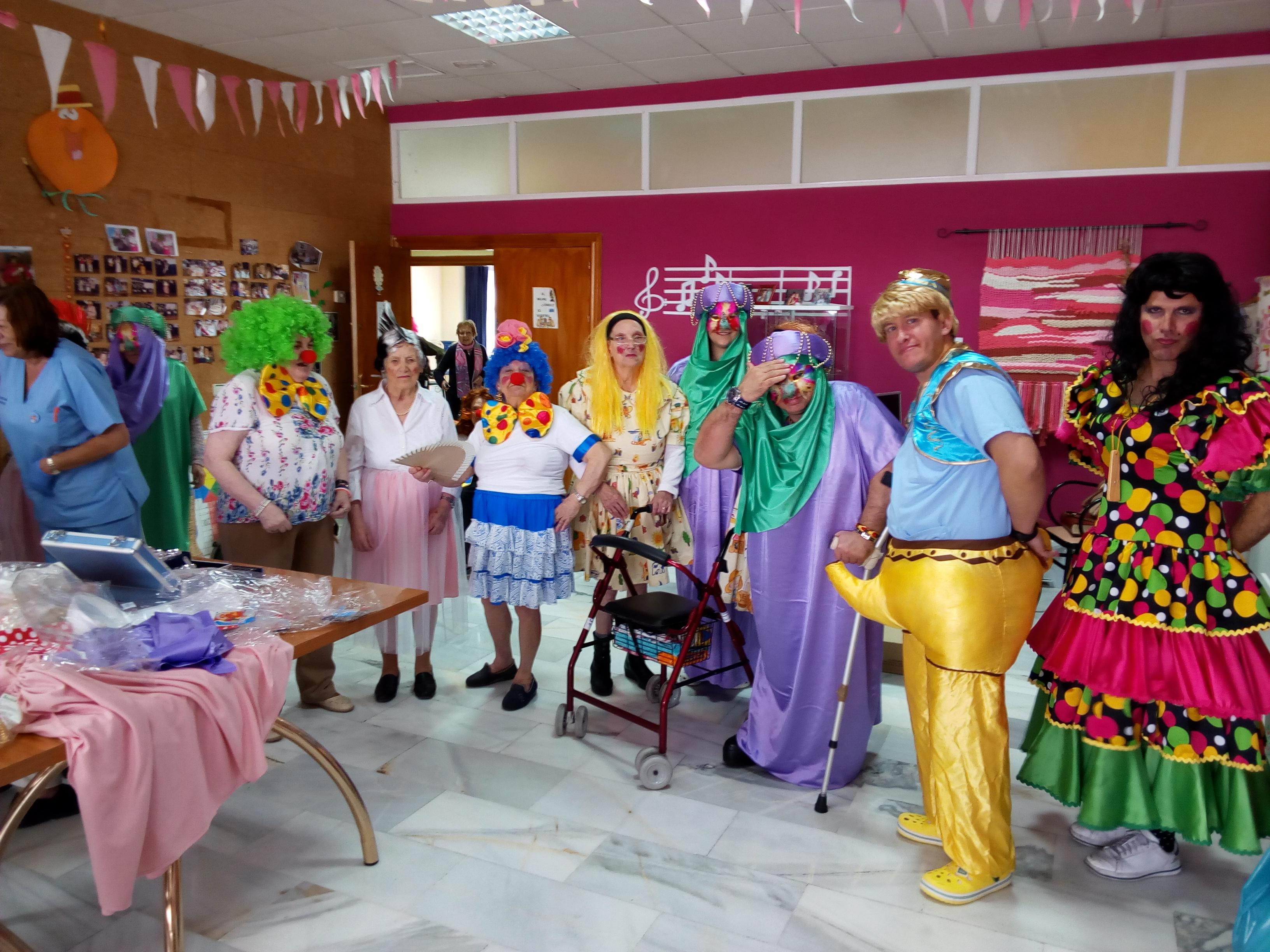 Fiestas de Carnaval en Urbanización de Mayores