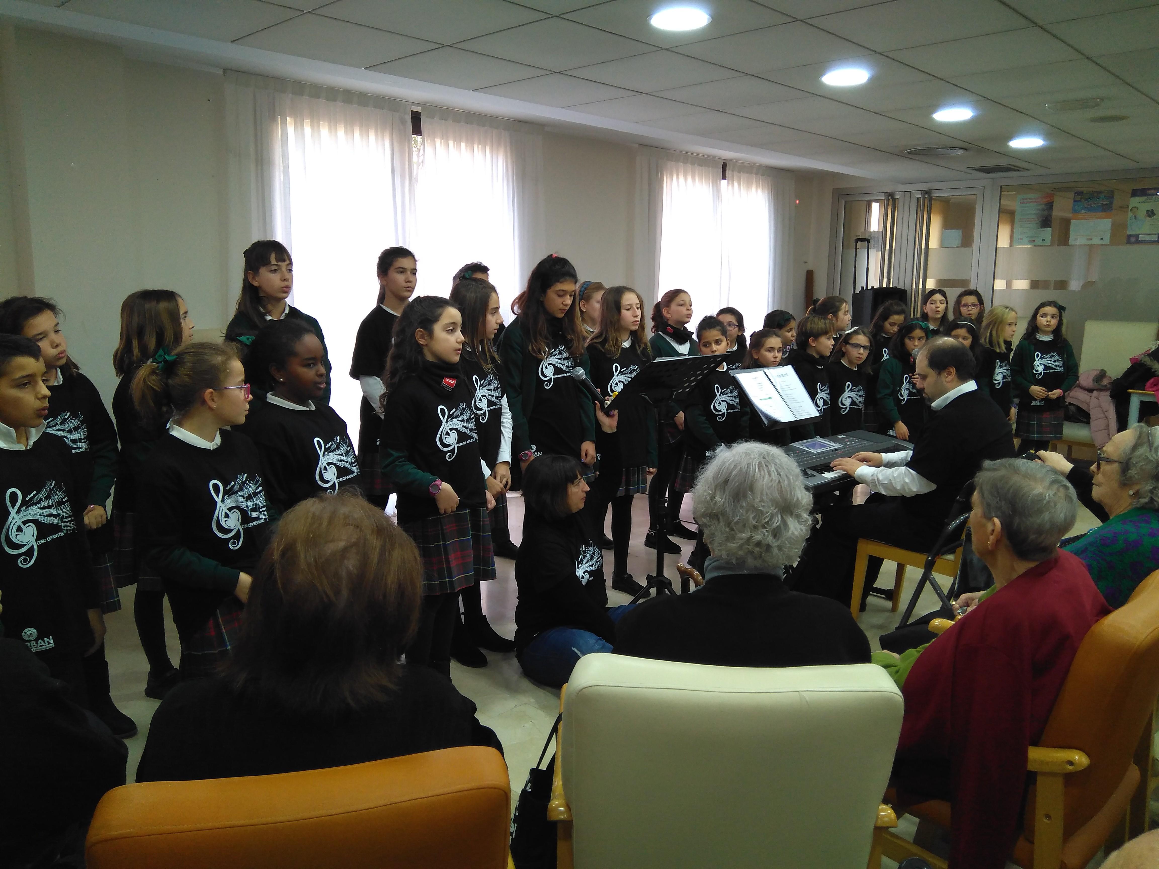 http://www.rosalbagestion.es/coro-colegio-anton-sevillano-rsln/