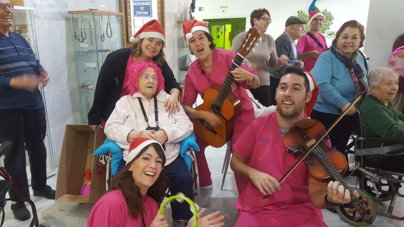 La Residencia Urbanización de Mayores celebra la Festividad de Reyes