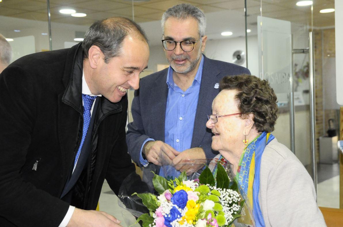 El Consejero de Políticas Sociales de la Comunidad de Madrid visita la Residencia Rosalba de Sevilla la Nueva