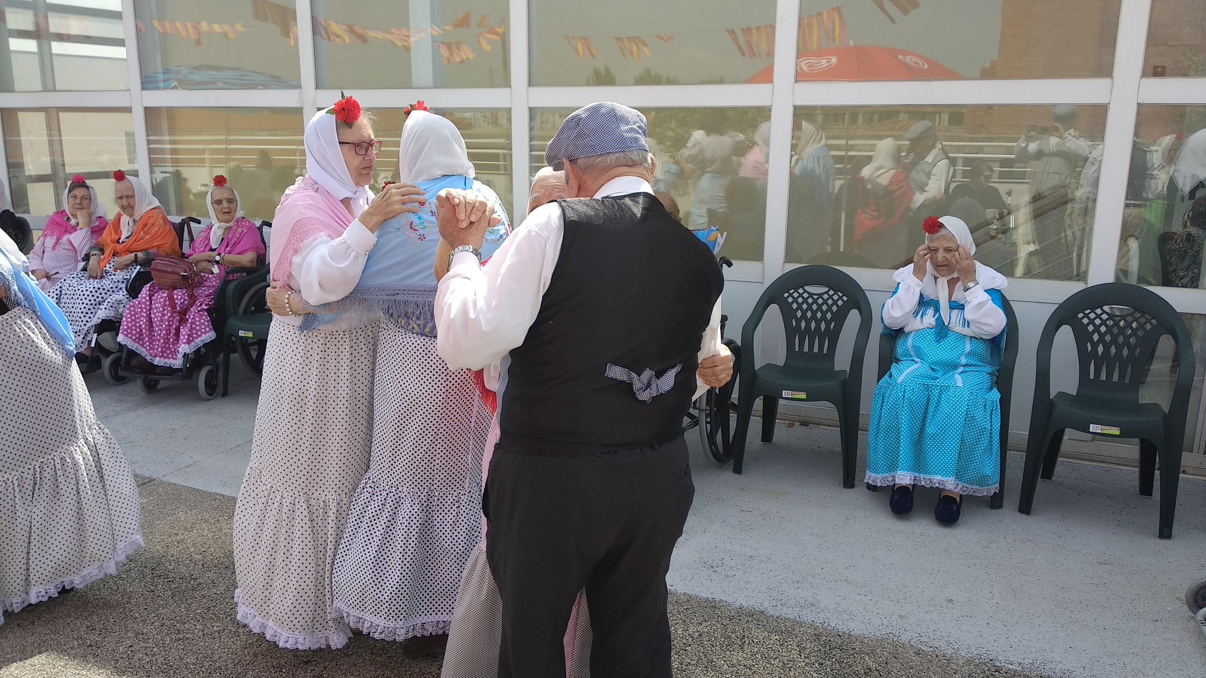 La Residencia Urbanización de Mayores celebra las Fiestas de San Isidro