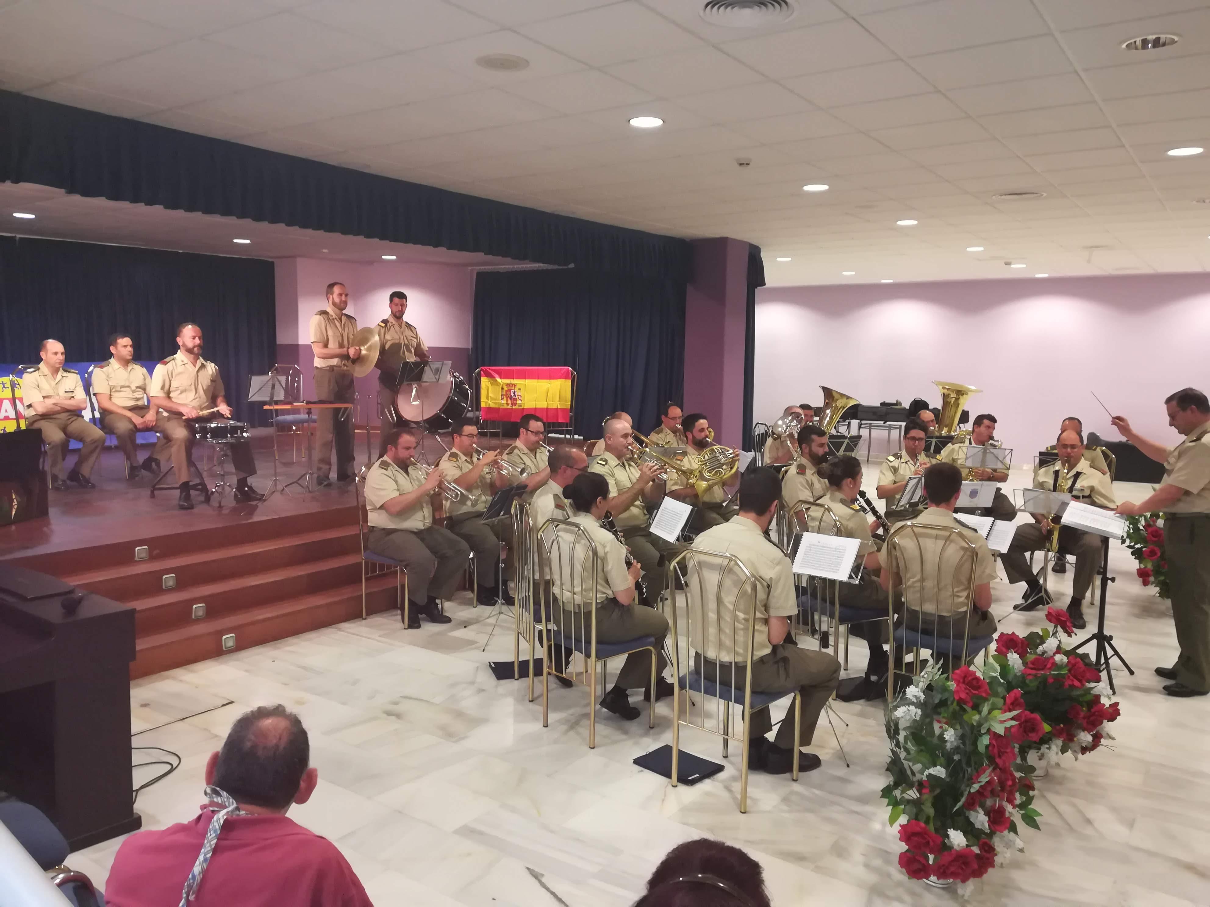 Espectacular concierto ofrecido por la Fundación Ande en Urbanización de Mayores