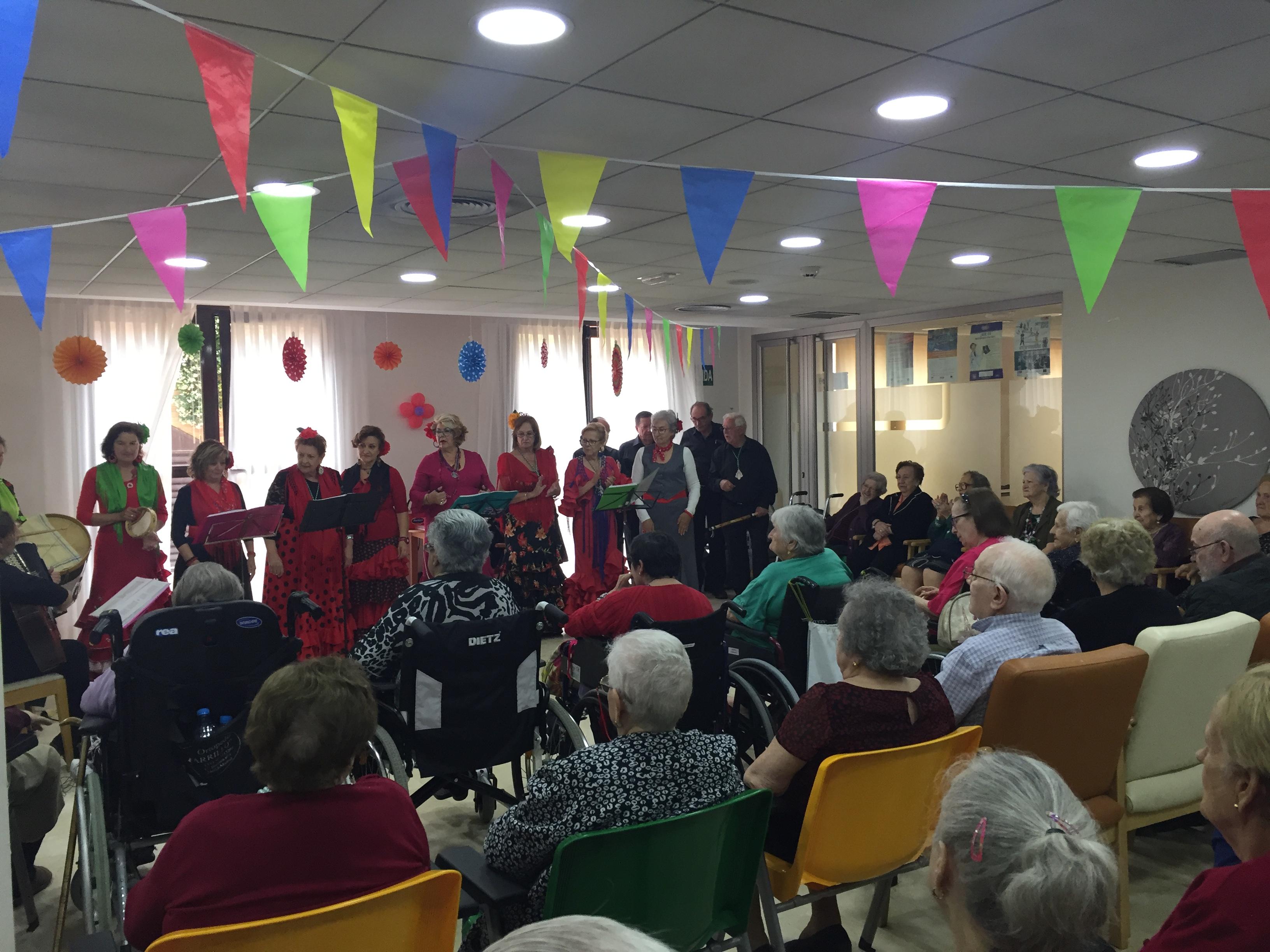 Actuación del Coro Rociero de Sevilla la Nueva en la Residencia Rosalba