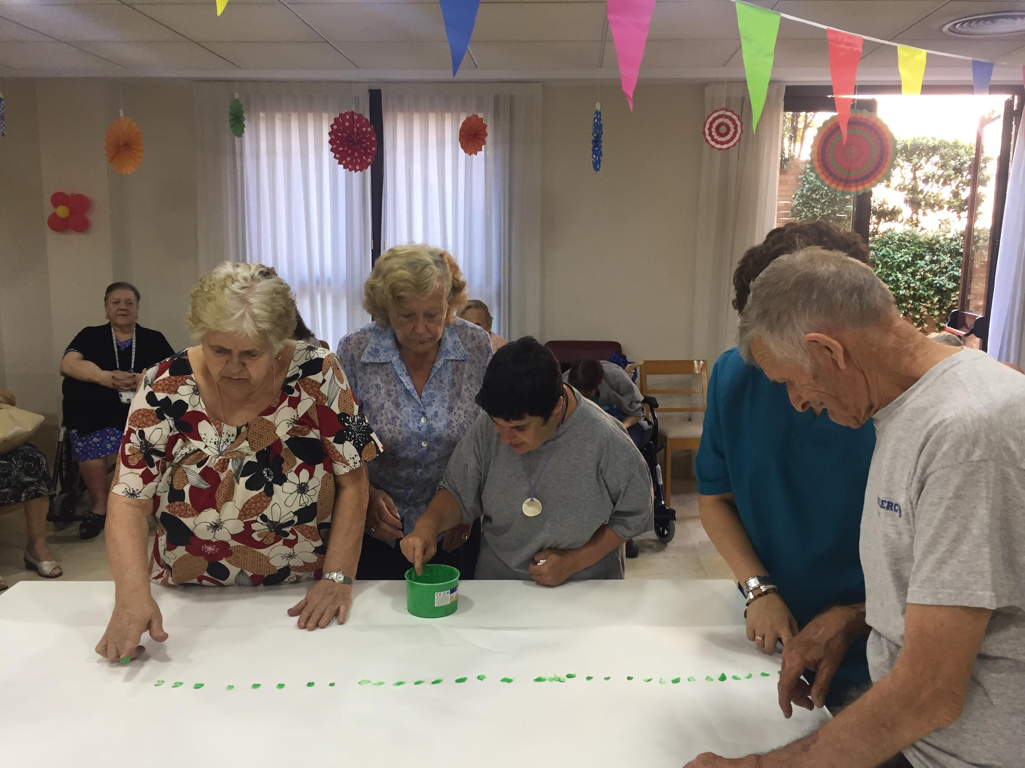 Actividad inter-generacional en Rosalba Sevilla la Nueva