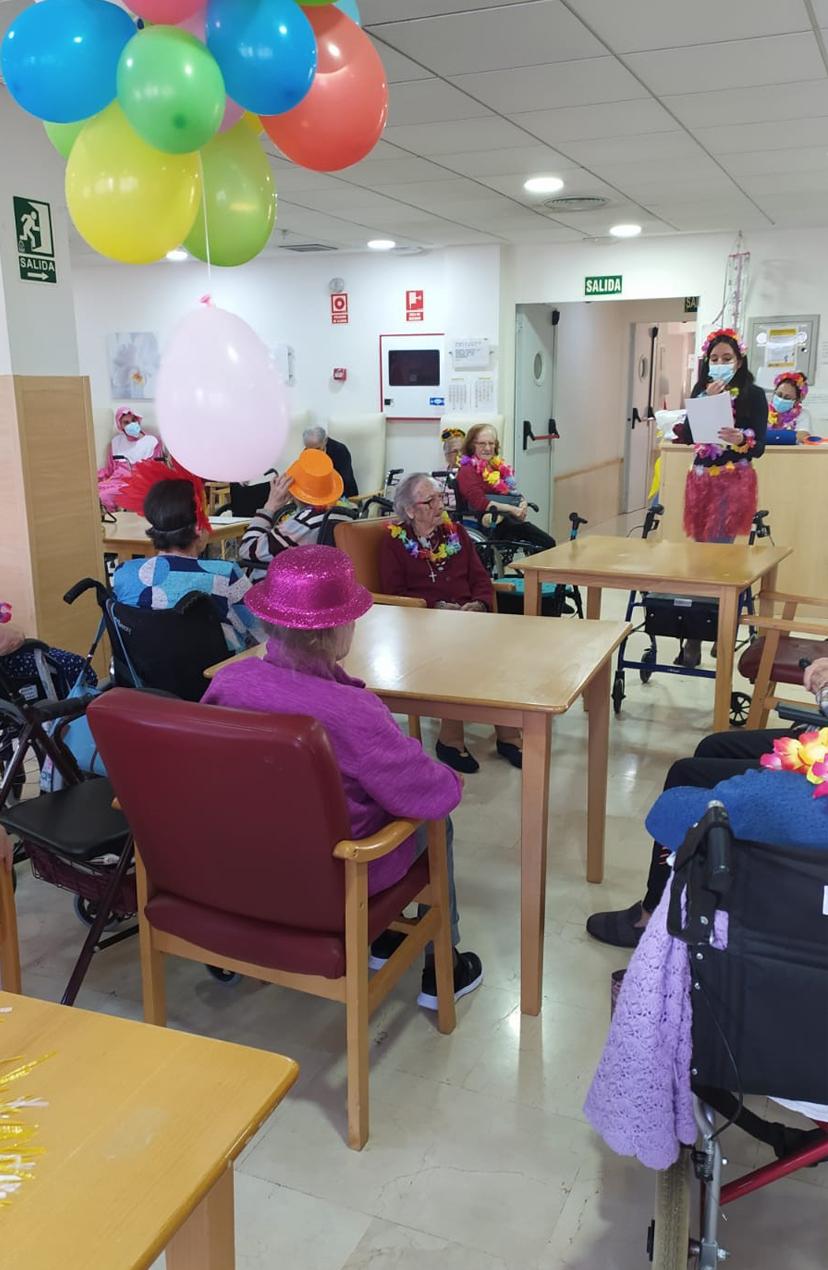 Fiestas de Carnaval en la residencia Rosalba de Sevilla la Nueva